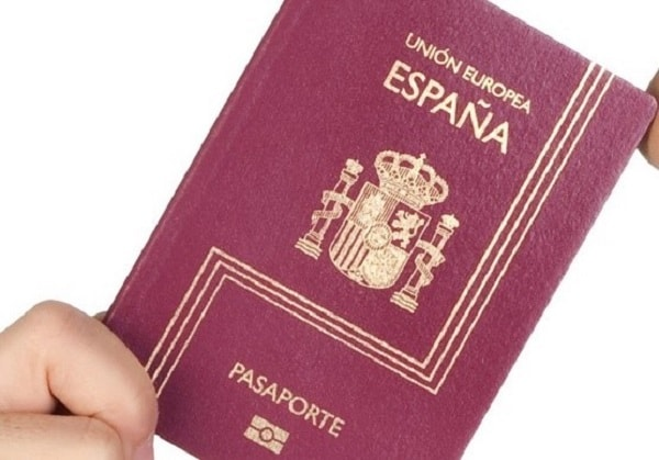 Spanish immigration policy